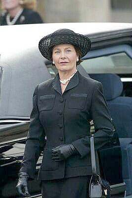 Funeral of Lady Elizabeth Bowes-Lyon *The Queen Mother ...