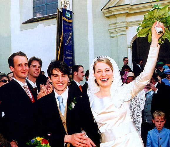 wedding of prince albert henri de merode and css marie. Black Bedroom Furniture Sets. Home Design Ideas